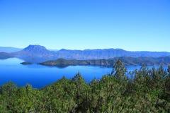 Lago scenico, Cina Lugu Immagine Stock