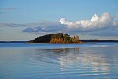 Lago sereno in Svezia Fotografie Stock Libere da Diritti