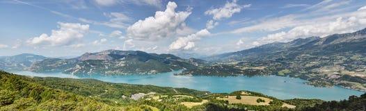 Lago Serre-Poncon - Alpes - Francia Fotografie Stock
