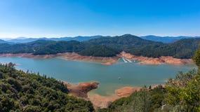 Lago Shasta Imagenes de archivo