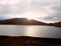 lago sheosar Imágenes de archivo libres de regalías