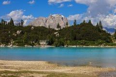 Lago Sorapis em Itália foto de stock