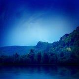 Lago sotto le stelle Fotografia Stock