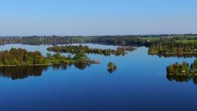 Lago Staffelsee perto de Murnau, Baviera, Alemanha video estoque