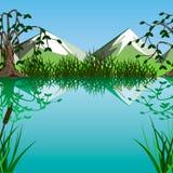 Lago su un fondo delle montagne Fotografie Stock Libere da Diritti