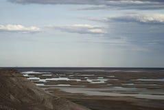 Lago Sudochie, platô de Usturt foto de stock