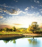 Lago sul tramonto Fotografie Stock Libere da Diritti