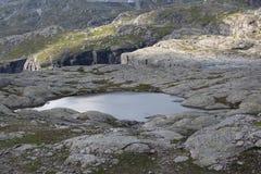 Lago sulla montagna Fotografie Stock