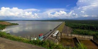 Lago sulla montagna fotografie stock libere da diritti
