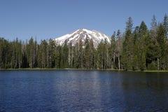 Lago summit Foto de archivo libre de regalías