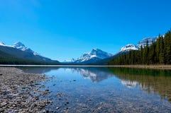 Lago superiore waterfowl, strada panoramica di Icefields, Jasper National Park, Canada Fotografia Stock Libera da Diritti