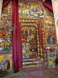 LAGO TANA, ETIOPIE, o 21 de abril 2019, fresco religiosos na parede de Tana Hayk Eysus United Monastery, o 21 de abril 2019, lago imagens de stock