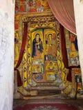 LAGO TANA, ETIOPIE, o 21 de abril 2019, fresco religiosos na parede de Tana Hayk Eysus United Monastery, o 21 de abril 2019, lago fotografia de stock