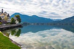 Lago Tegernsee e montagne dell'alpe Immagini Stock Libere da Diritti