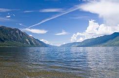 Lago Teletskoye Imagen de archivo libre de regalías