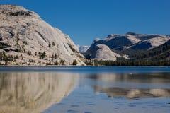Lago Tenaya, parco nazionale di Yosemite, California Immagini Stock Libere da Diritti