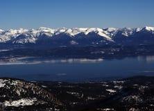 Lago a testa piatta in inverno fotografia stock libera da diritti