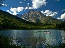 Lago Teton con los Kayakers Fotos de archivo
