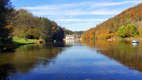 Lago Thal que sorprende en Austria Foto de archivo