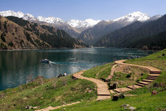 Lago Tianchi (lago heaven's) en Urumqi, China Imagen de archivo libre de regalías