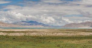 Lago tibetano foto de archivo