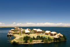 Lago Titicaca, Peru, consoles de flutuação Uros foto de stock