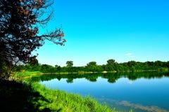 Lago tranquillo fotografia stock libera da diritti