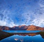Lago Tso de Pangong em Ladakh, Índia Foto de Stock
