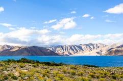Lago tso de Pangong, Ladakh, Jammu y Cachemira, la India Imágenes de archivo libres de regalías