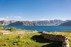 Lago tso di Pangong, Ladakh, il Jammu e Kashmir, India Fotografia Stock