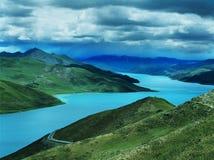 Lago tso di Yamdrok Fotografie Stock