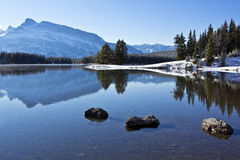 Lago two Jack a Banff Immagine Stock