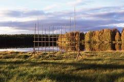 lago vicino laterale del paese Fotografia Stock