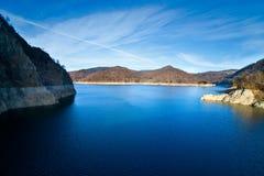 Lago Vidraru, Rumania Foto de archivo libre de regalías
