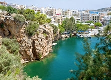 Lago Voulismeni de los agios Nicolás, Crete foto de archivo