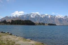 Lago Wakatipu e il Remarkables in Nuova Zelanda Fotografia Stock Libera da Diritti
