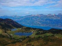Lago Walensee em Suíça fotografia de stock