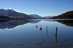 Lago Wanaka Autumn Reflections, Otago Nova Zelândia Imagem de Stock Royalty Free
