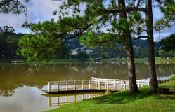 Lago Xuan Huong na cidade de Dalat, Vietname Foto de Stock Royalty Free