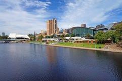 Lago y Adelaide torrens escénicos Foto de archivo