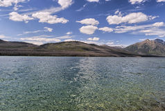 Lago y montañas en Montana Imágenes de archivo libres de regalías