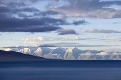 Lago y montañas Nevado Fotografía de archivo