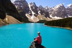 Lago y montañas Foto de archivo libre de regalías