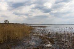 Lago y nubes Fotografía de archivo