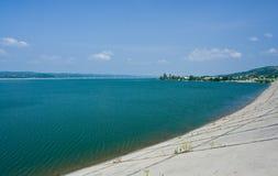 Lago y presa Imagen de archivo