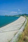 Lago y presa Fotos de archivo