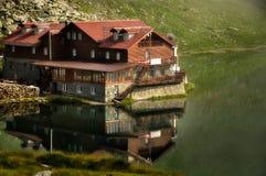Lago y restaurante Balea Fotos de archivo