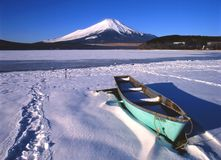 Lago Yamanaka II fotografia stock libera da diritti