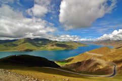 Lago Yamdrok Imagenes de archivo