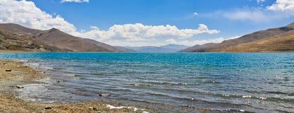 Lago Yamdrok Fotografie Stock Libere da Diritti